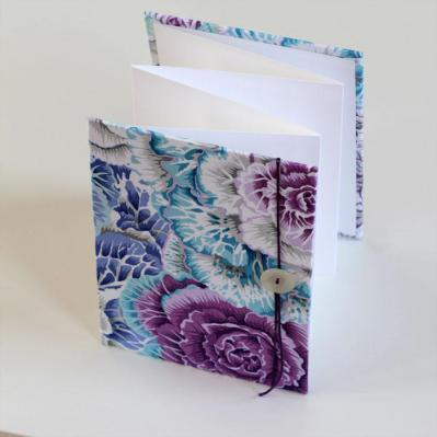 Accordion Photo Display - Floral